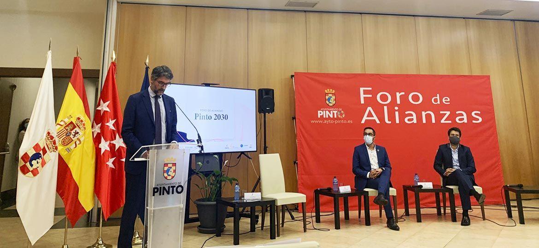 El alcalde de Pinto aboga por la colaboración público-privada en el Foro de Alianzas