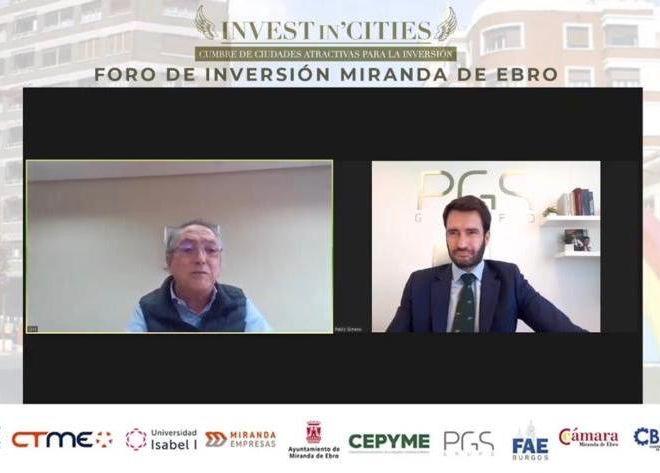 El-CEO-de-Aciturri-Ginés-Clemente-y-Pablo-Gimeno-presidente-de-Grupo-PGS-durante-el-foro-de-inversión-de-Miranda-de-Ebro